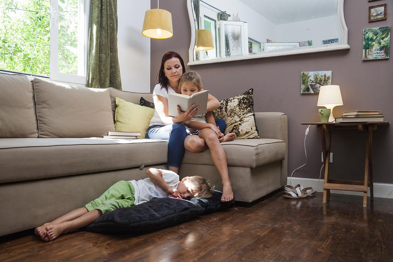 I vantaggi dei divani in tessuto antimacchia